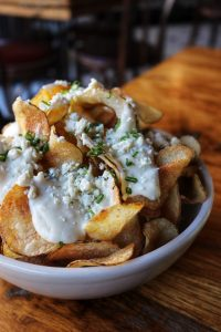 Blue Cheese Fondue Potato Chips