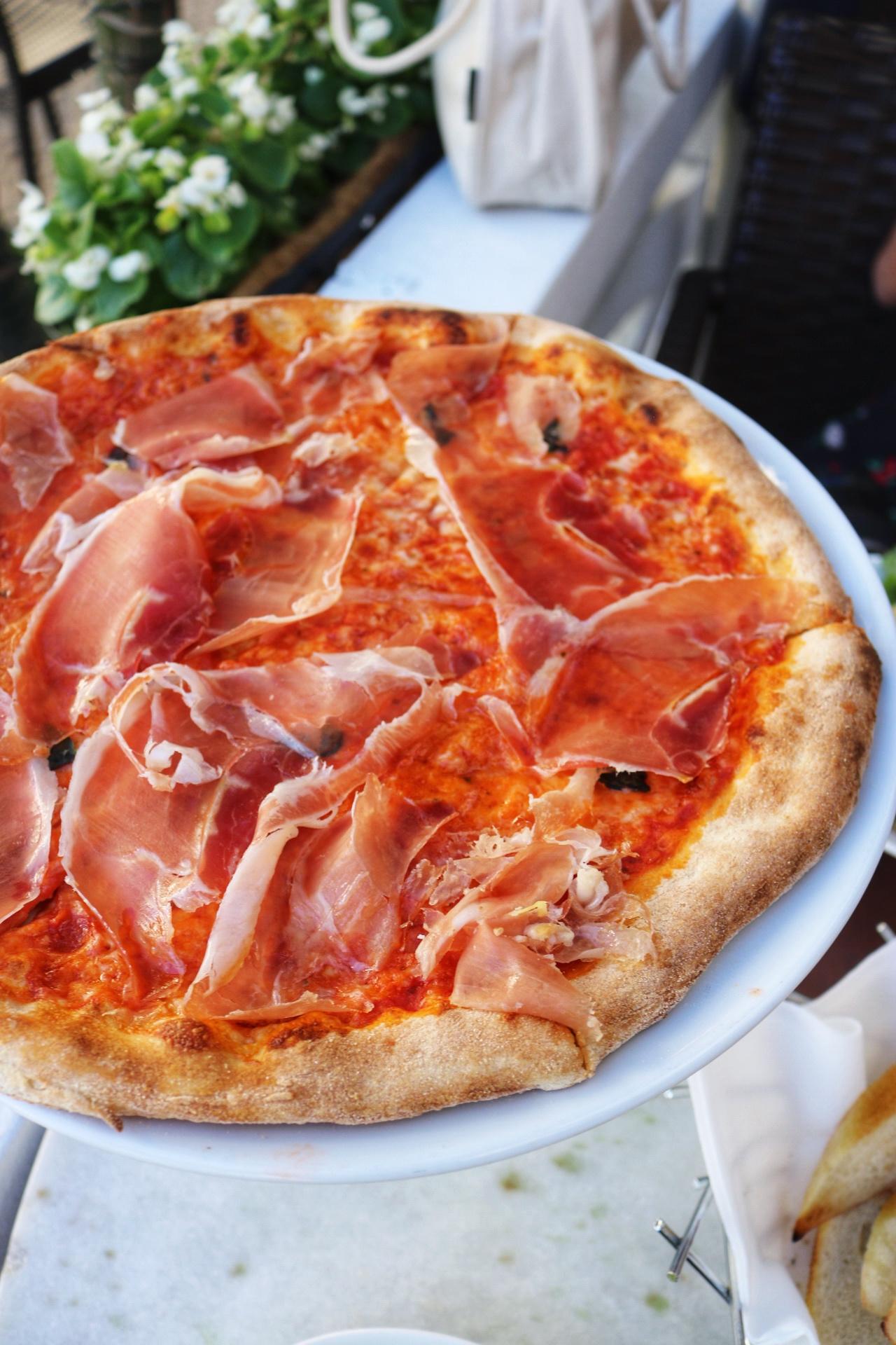 Dolce Italian pizza