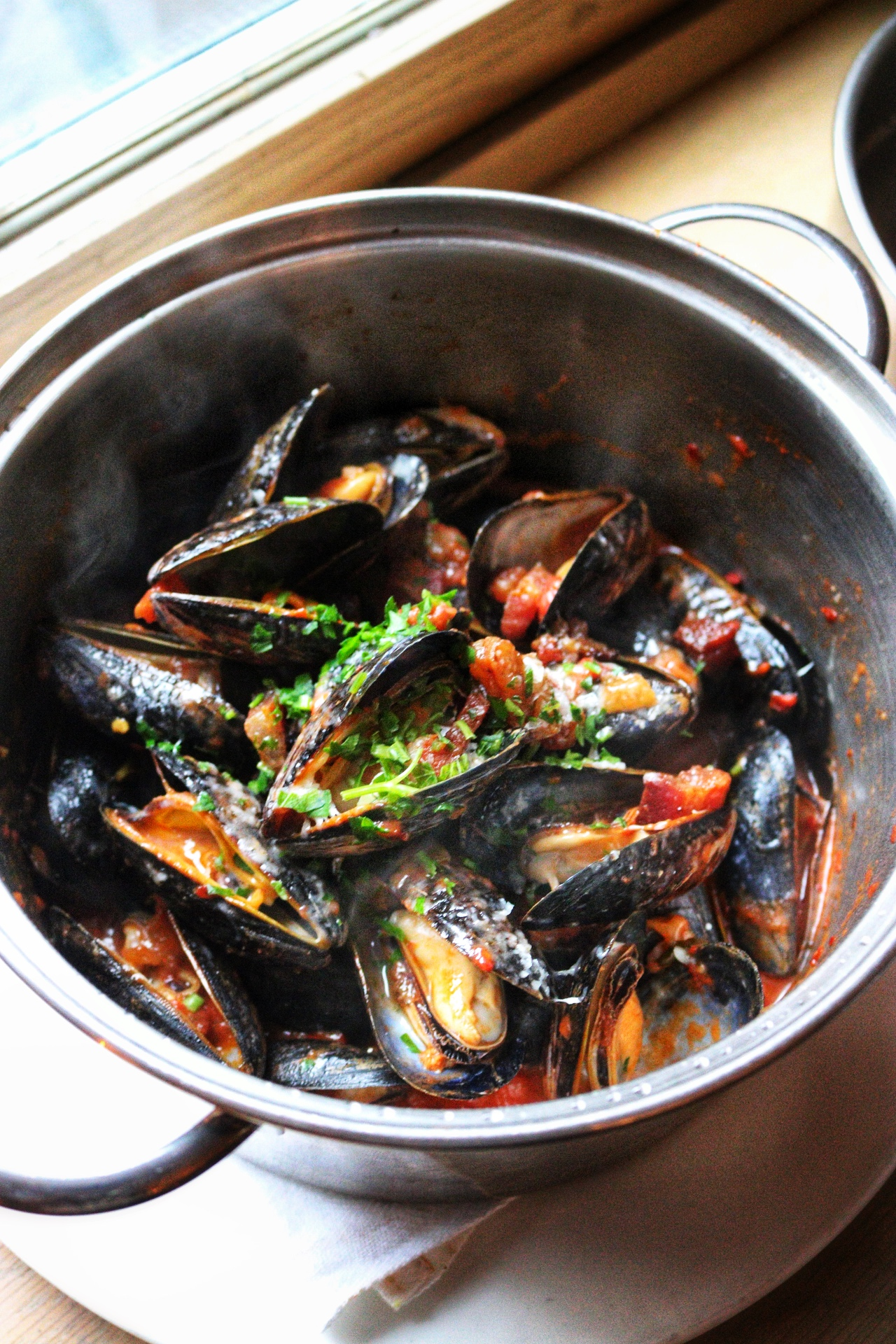 flex mussels amatriciana
