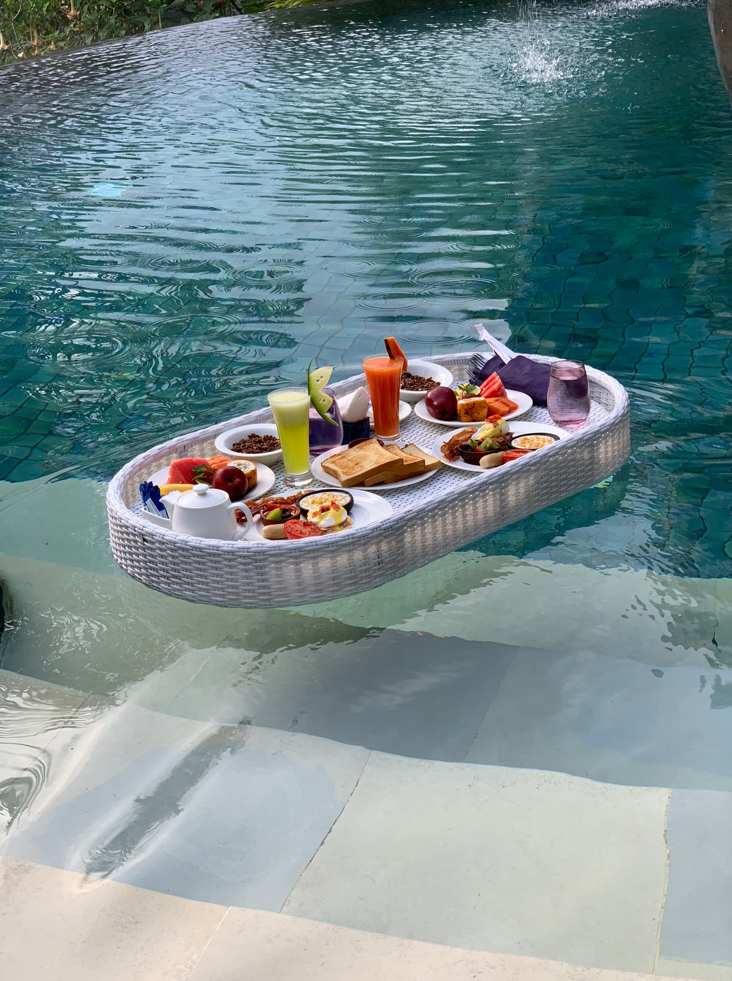 Floating Breakfast - Padma Resort Ubud